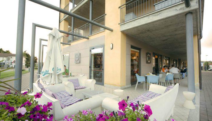 cafe agora hotel